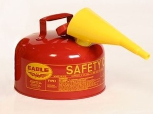 AUI-25FSE Eagle Safety Gas Can (2.5 gallon gas can with funnel)
