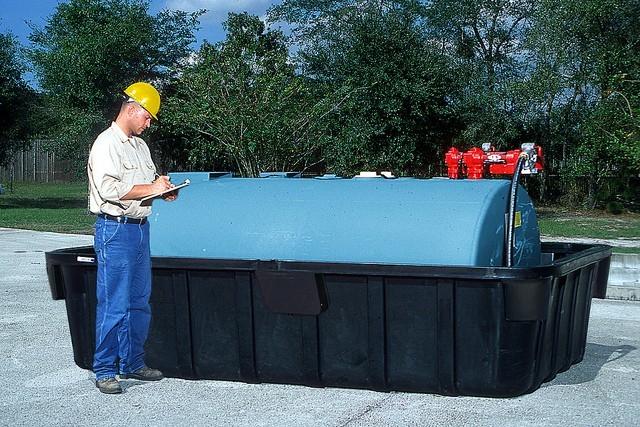 Fuel Tank Containment Tanks For Hazardous Spill Containment