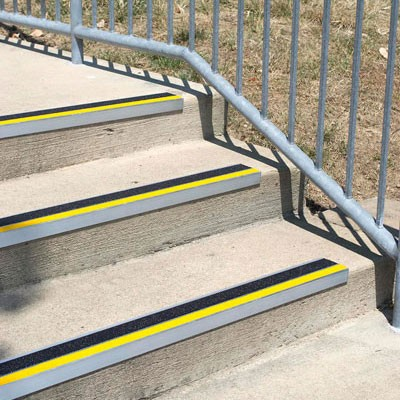 aluminum nosing stair treads