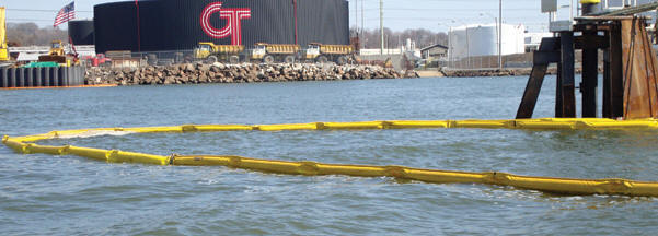 oil spill containment boom