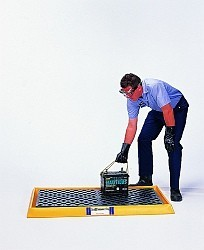 A2352U - Spill Tray with Grate (spill tray with grate)
